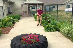 Client in outdoor garden at rosholt countryside inn
